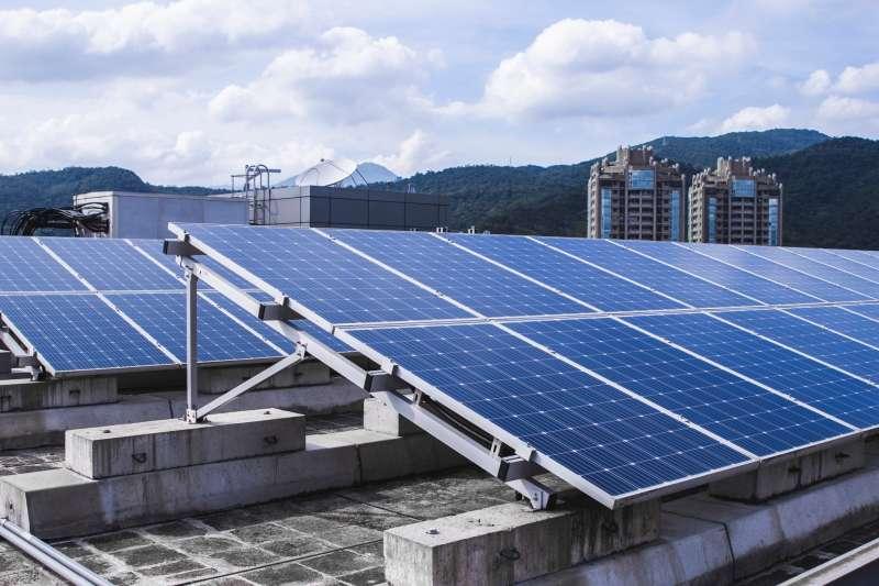 第五屆台灣大哥大2021「種福電」計畫以全新的「無自有屋頂模式」為「羅慧夫顱顏基金會」募資251萬。(圖/台灣大哥大提供)