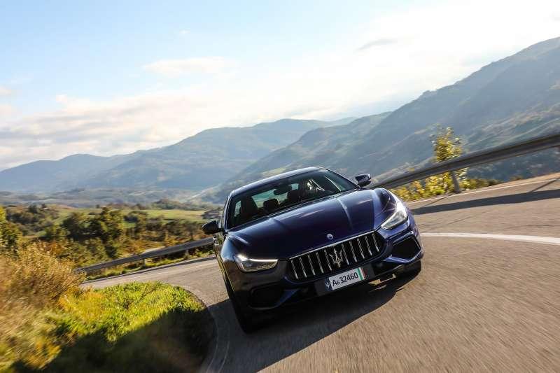 Maserati 首部輕油電豪華轎跑 The new Ghibli 2.0 (圖 / Maserati 提供)