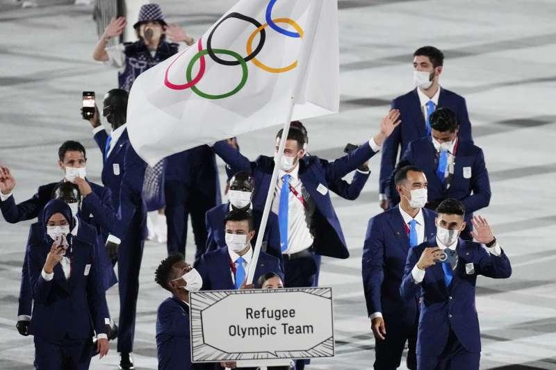 2021年7月23日,東京奧運(東奧)開幕式,各國運動員進場,難民代表隊(AP)