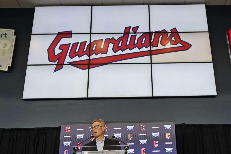 2021年7月23日,美國職棒大聯盟「克里夫蘭印地安人隊」(Cleveland Indians)宣布改名為「克里夫蘭捍衛者隊」(Cleveland Guardians)(AP)