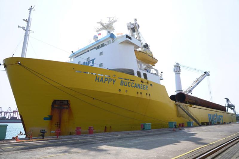 台船公司為沃旭能源公司製作之水下基樁(Pin Pile,PP),製作完成及交運,為台船公司海工事業奠立新里程碑。(圖/台船公司提供)