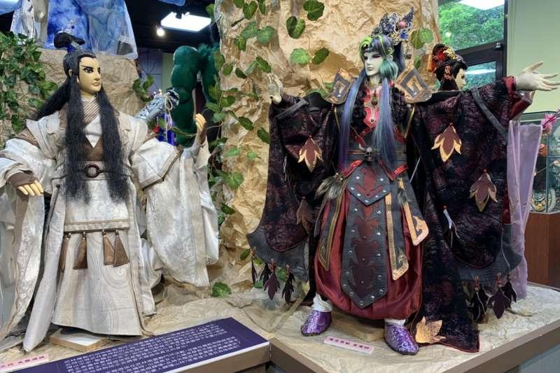蘇俊穎木偶劇團十週年特展展出電視木偶。(圖/新北市文化局提供)