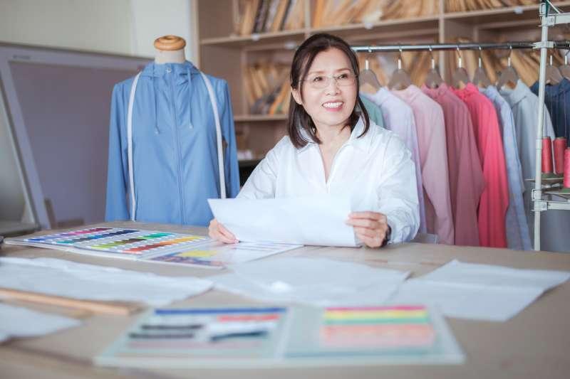 UV100副總經理郭雀玲在追求產品發展的過程當中,也持續思考如何結合環境、善盡企業責任。(圖/UV100)