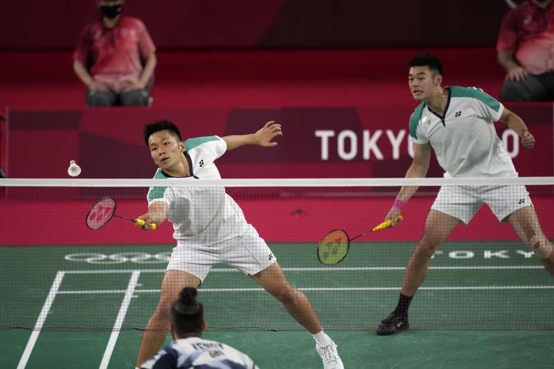台灣羽球選手李洋,今天與搭檔王齊麟挺進東京奧運8強。(圖/AP)