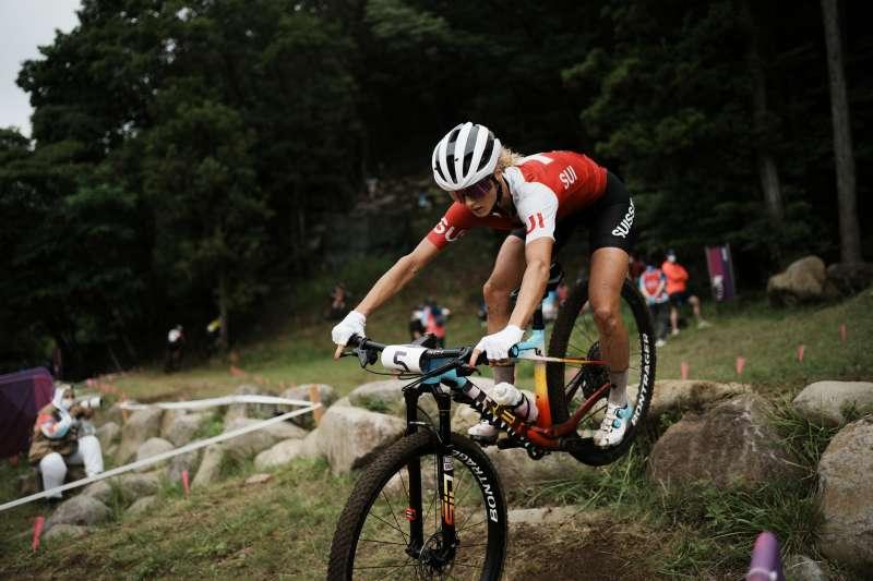 2021東京奧運山地車越野賽金牌得主,瑞士選手內芙(Jolanda Neff)。(美聯社)