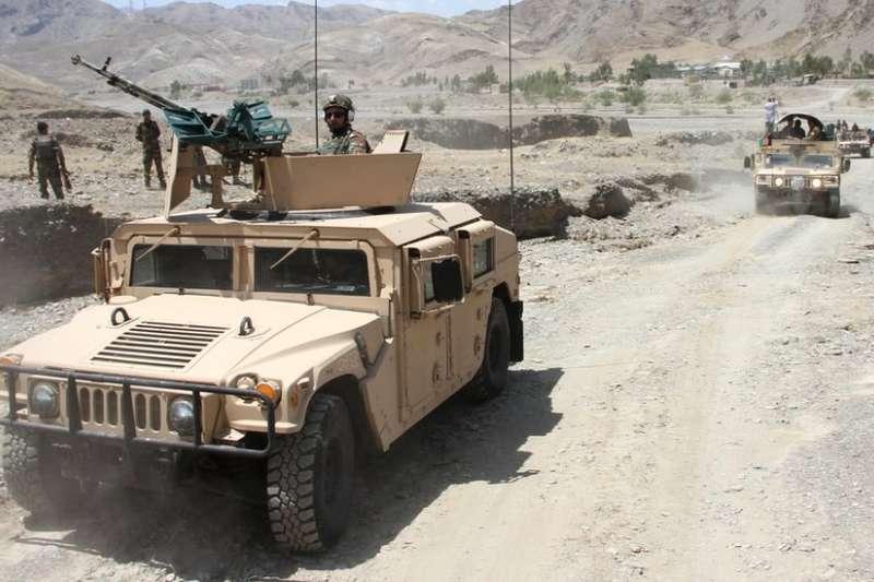 阿富汗政府軍試圖重新奪回部分塔利班控制區域。(BBC中文網)
