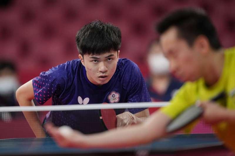 台灣代表隊桌球選手林昀儒出戰東京奧運,除先前在混雙項目拿下銅牌,29日更與世界球王戰到最後一刻,雖落敗但仍有機會爭取男單銅牌。(資料照,美聯社)