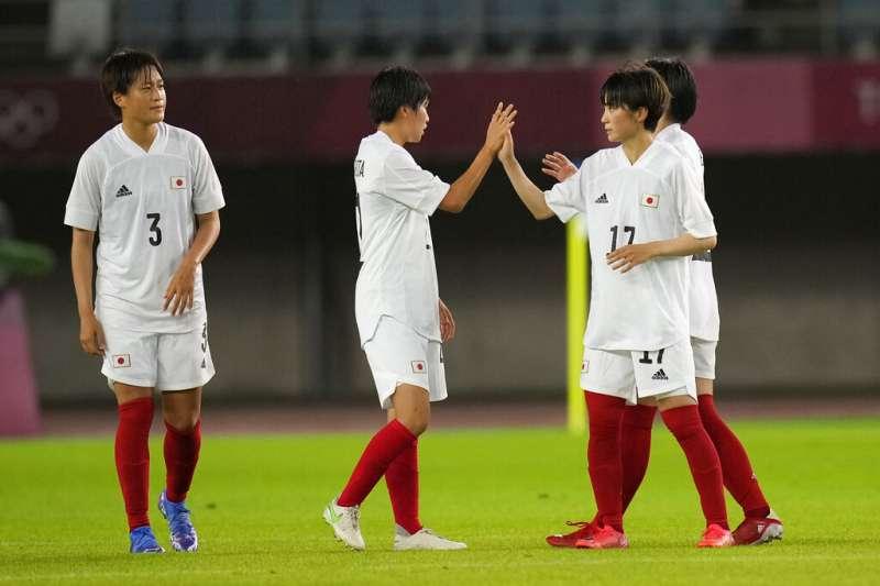 2020東京奧運,日本國家女子足球隊27日以1-0戰勝智利隊,成功晉級八強。(AP)