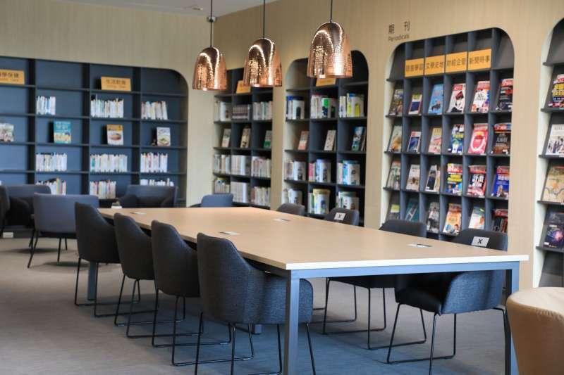 台中市立圖書館外埔分館空間上則以-分齡分眾-原則量身打造舒適的閱讀環境。(圖/台中市政府)