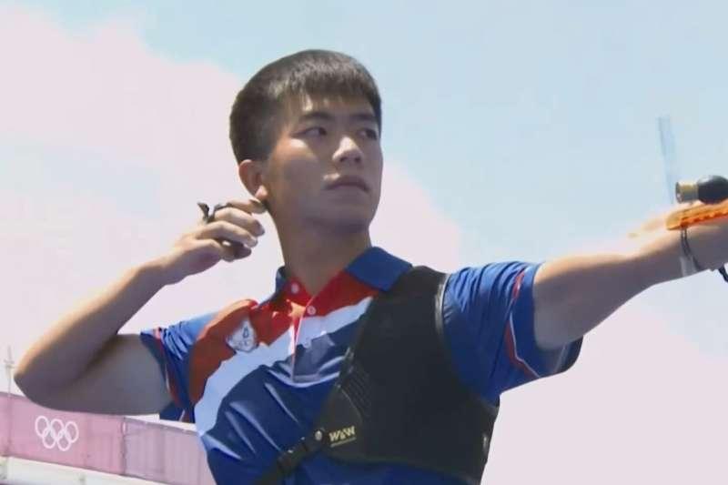 台灣射箭選手鄧宇成今(29)日在東京奧運射箭男子個人賽中,不敵印度好手,止步64強。(圖/擷取自愛爾達體育家族臉書)