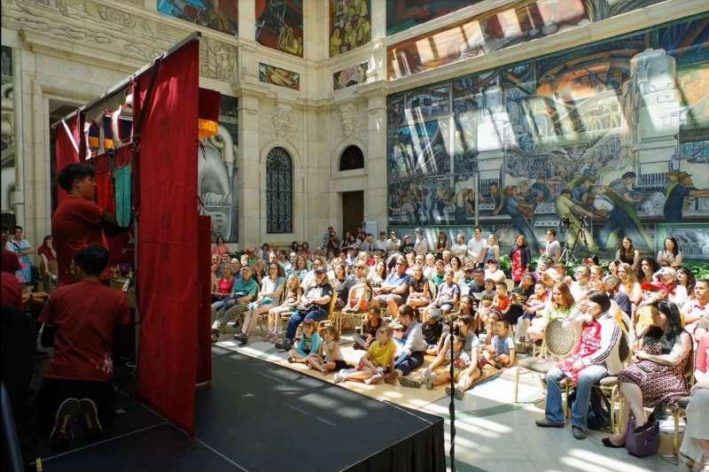 「亦宛然掌中劇團」於底特律美術館演出甚獲好評。(圖/新北市文化局提供)