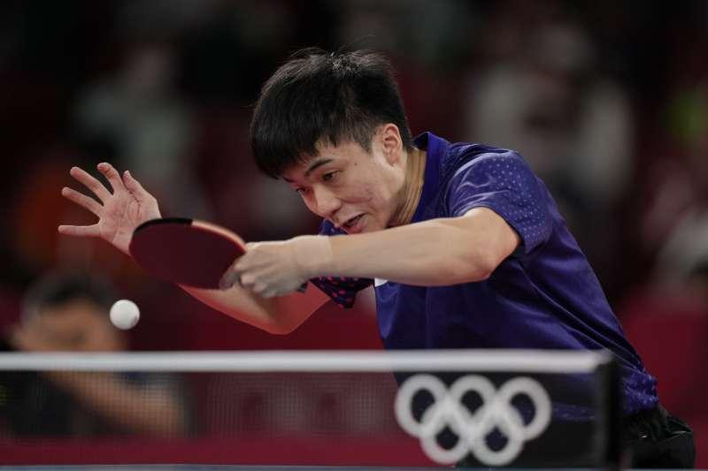 台灣桌球好手林昀儒(見圖)在東奧桌球男單銅牌戰對上德國名將奧恰洛夫,最終以3比4敗北,未能再添一面獎牌。(美聯社)
