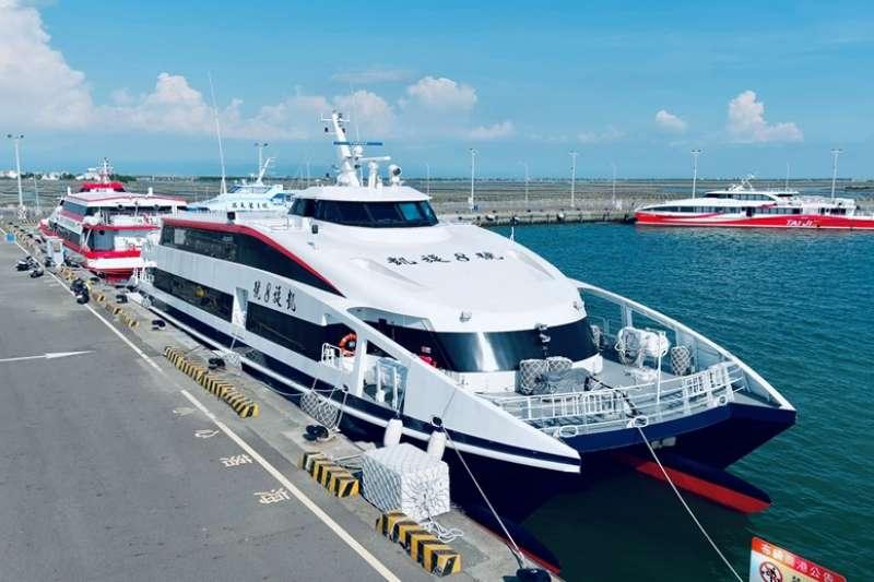 新船「凱旋8號」靠泊圖。(圖/高雄港務公司提供)