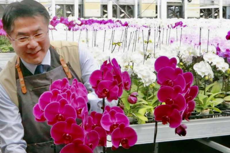 台南市長黃偉哲非常開心兩市的交流不受疫情干擾,並感謝哥倫布市特地介紹台南的蘭業。(圖/台南市政府提供)