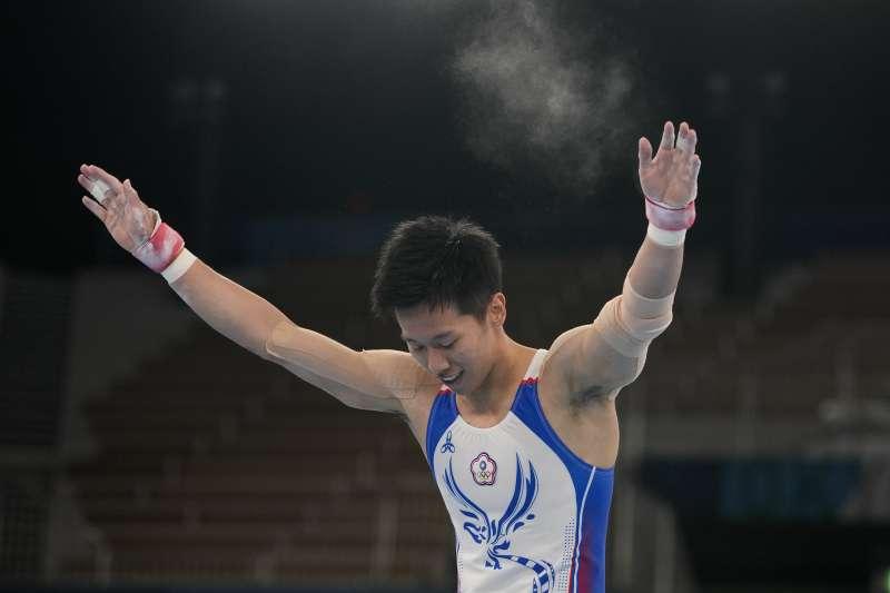2021年8月1日,東京奧運,台灣代表隊「鞍馬王子」李智凱勇奪銀牌(AP)