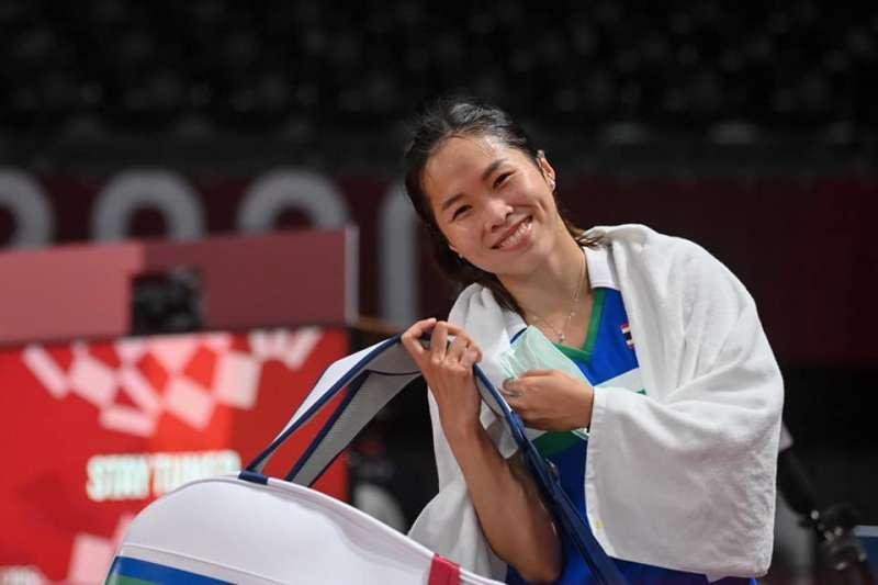 泰國羽球選手依瑟儂(Ratchanok Intanon,見圖)在Instagram發表圖文祝福戴資穎能夠順利贏得金牌。(取自Ratchanok Intanon臉書)
