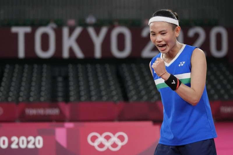 2021年7月31日,東京奧運,台灣羽球天后戴資穎直落二擊敗印度球后辛度(AP)