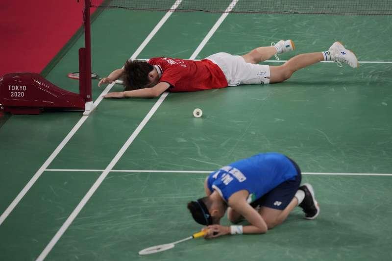 2021年8月1日,東京奧運,台灣羽球天后戴資穎對戰中國選手陳雨菲,勇奪銀牌(AP)