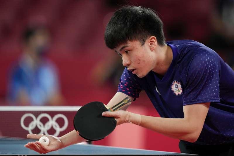 台灣桌球男團在東奧8強賽中未能擊德國隊,無緣晉級4強,不過林昀儒(見圖)的世界排名悄悄上升到第5名。(美聯社)