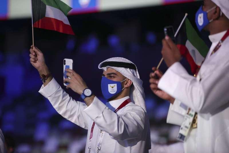 2021年7月23日,日本東京奧運開幕式,科威特代表隊進場(AP)