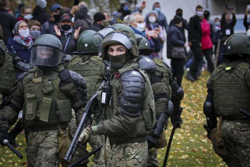 2020年迄今,東歐國家白羅斯(白俄羅斯)強力鎮壓反對運動(AP)