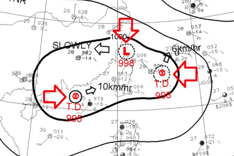 鄭明典今天在臉書表示,台灣被3個小低壓環繞,只要有一些些擾動,這些低壓外圍雲系就可能影響台灣。(取自鄭明典臉書)