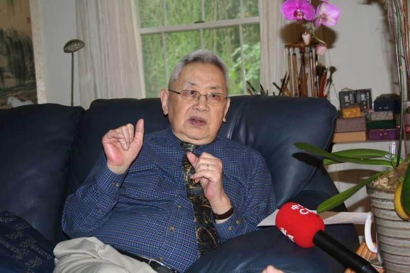 史學泰斗余英時指出,中國有歷史以來,哪有朝代像中華民國在台灣一樣,可以依選舉產生自己的總統、國會議員,「這是很了不起的成就」。(唐獎教育基金會提供)