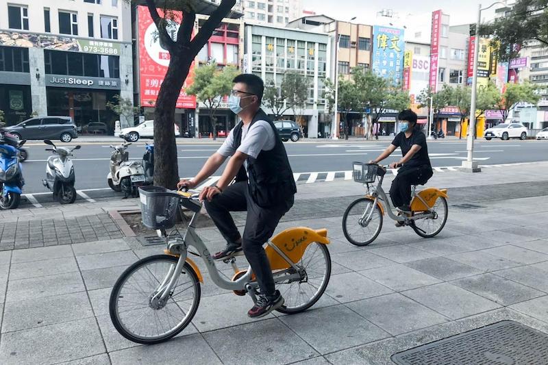 在高雄市府與微笑單車團隊的努力下,Youbike已突破千萬人次騎乘紀錄。(圖/高雄市政府交通局提供)