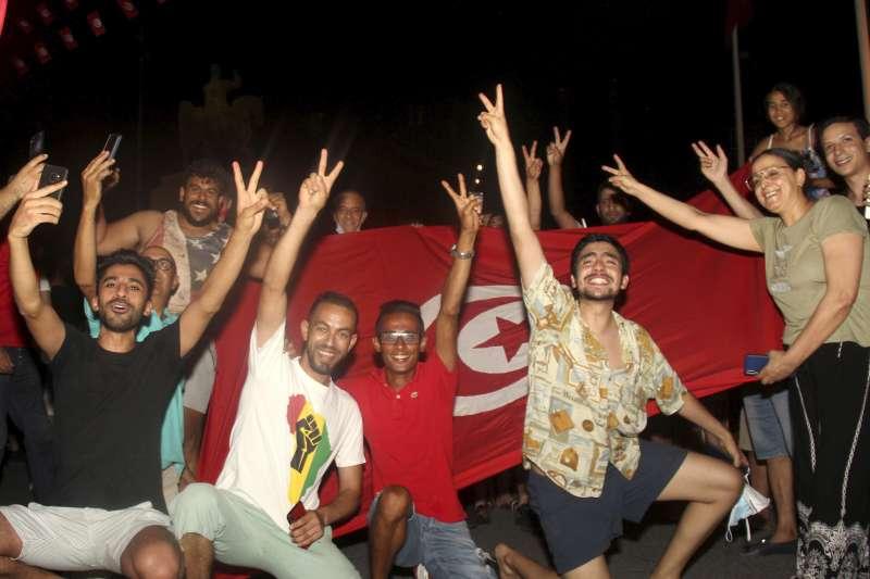 2021年7月,北非突尼西亞總統薩伊德(Kais Saied)大幅擴權,引發民眾強烈抗議(AP)