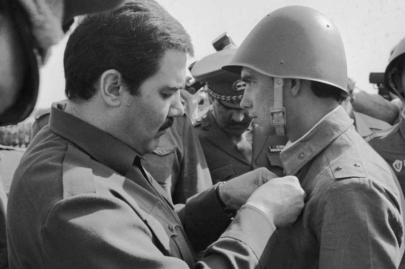 20世紀晚期蘇聯扶植的阿富汗總統納吉布拉(Mohammad Najibullah)( Alexandr Graschenkov@Wikipedia  CC-BY-SA 3.0)