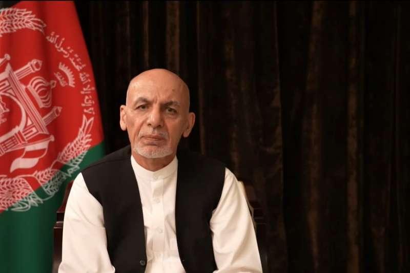 阿富汗總統甘尼表示,他無意在阿聯繼續流亡,正在「洽談」返國一事。(圖/取自ashrafghani臉書)