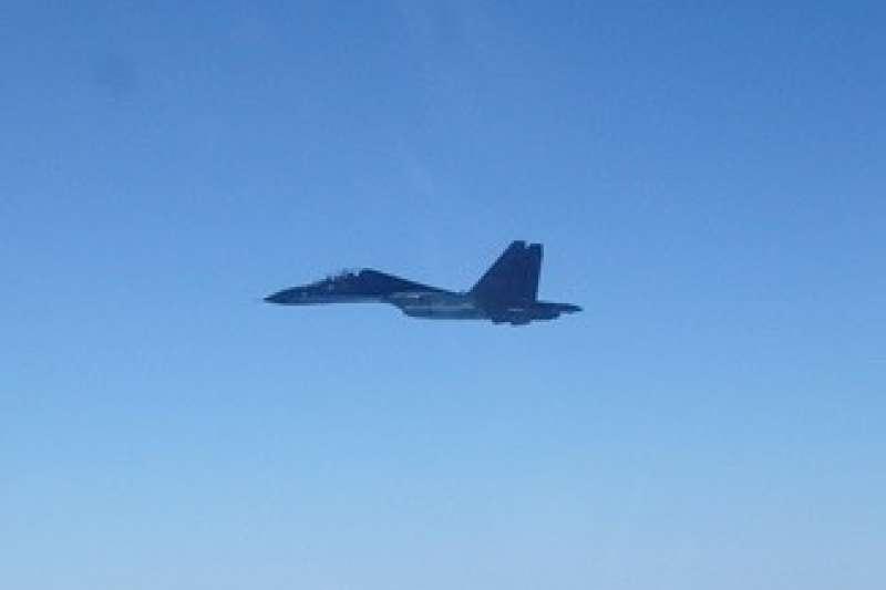香港《南華早報》報導,解放軍前上校岳剛坦言,中國不會因此對台灣開戰。圖為擾台共機Su-30MKK。(資料照,空軍司令部提供)