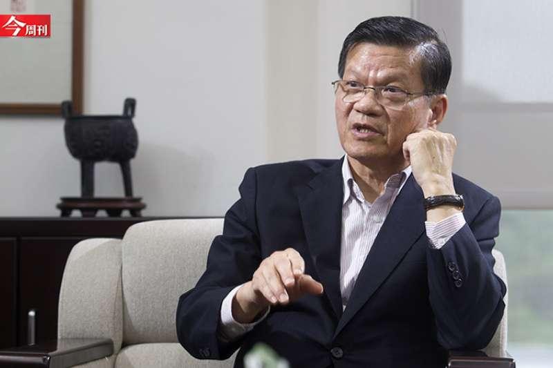 中研院前院長翁啟惠說明未來如何新冠肺炎共存。(圖/今周刊)