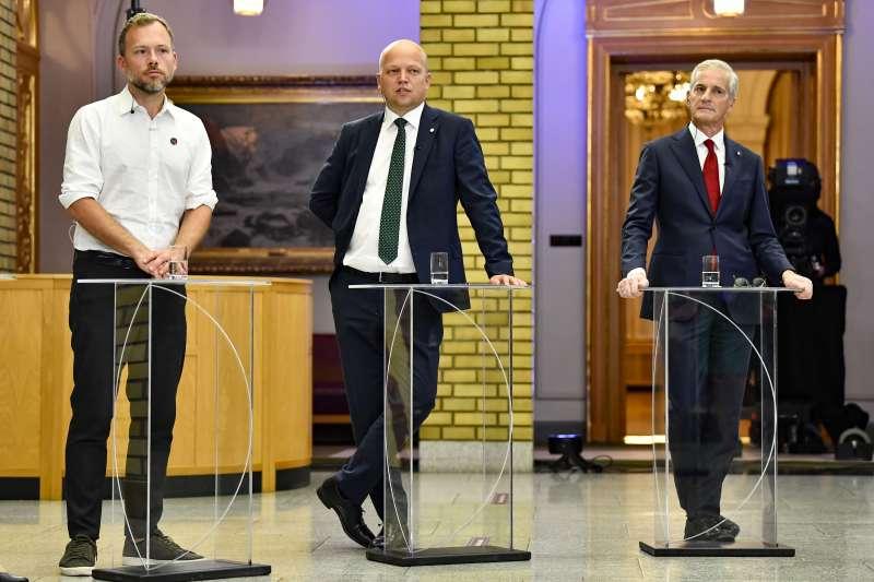 挪威社會主義左翼黨領袖里斯巴肯(Audun Lysbakken,左)、中間黨領袖維杜姆(Trygve Slagsvold Vedum,中)、工黨領袖史托勒(右)(美聯社)
