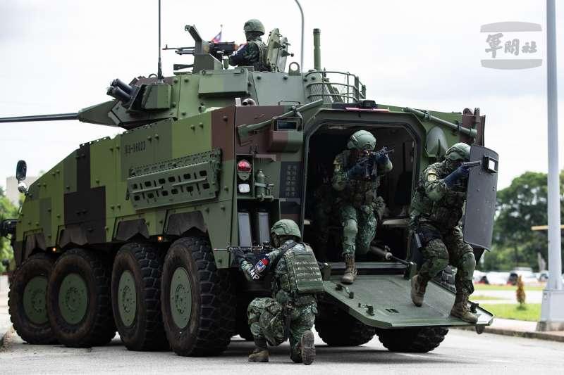漢光演習第2天,由憲兵202指揮部所屬229營及239營等單位共同操演「國家關鍵基礎設施防護演練」。(軍聞社提供)