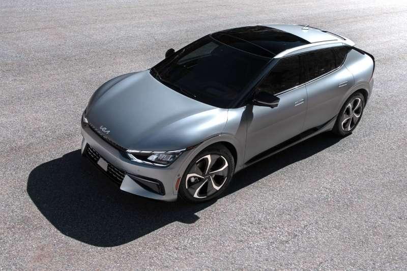 2021下半年,將有大量電動車款在台灣上市或現身,圖為 KIA EV6(圖/KIA 官方網站)