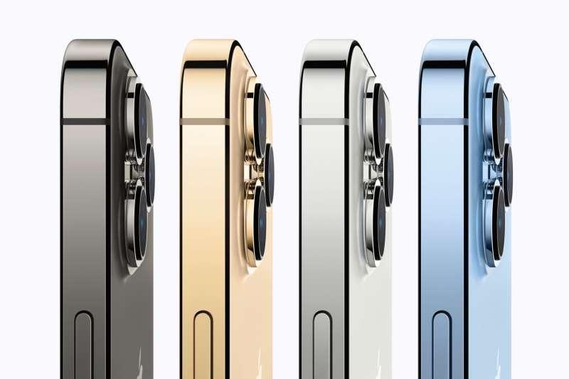 傳iPhone 13支援衛星通訊,然而發表會上蘋果卻對此資訊隻字未提。(蘋果官網)