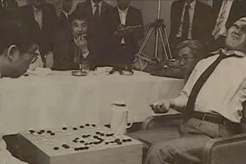 「滴血的名局」1987年第二屆中日擂台聶衛平擊退大竹英雄。