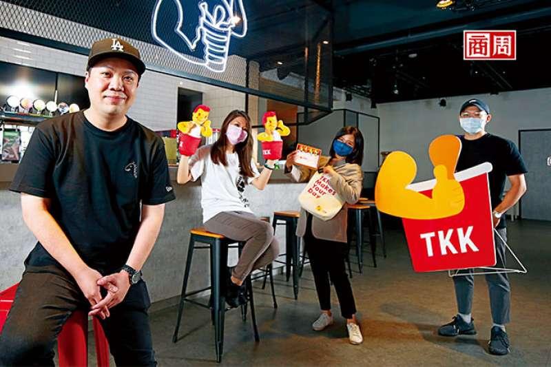 頂呱呱副總經理史宗岳(左1)(攝影者.駱裕隆) (圖/商業周刊)
