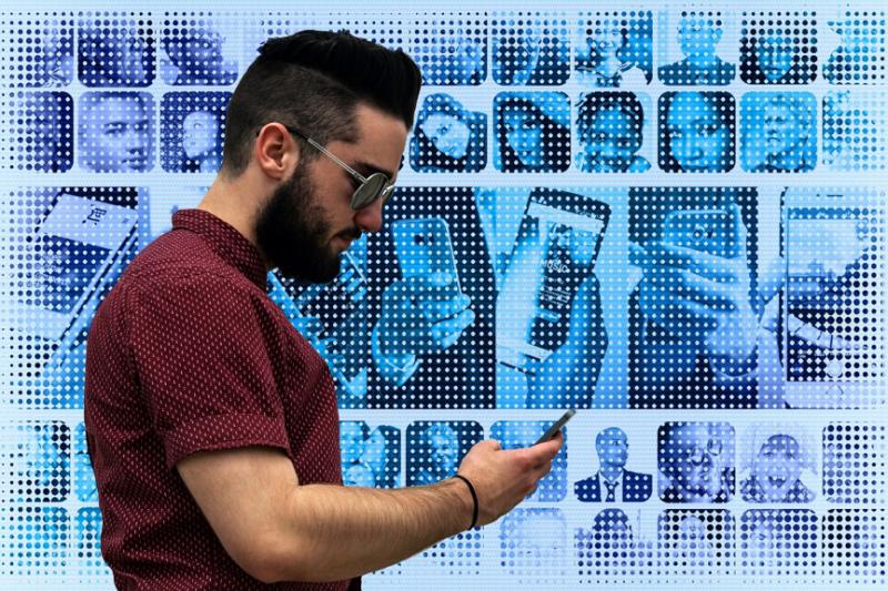 一份臉書內部文件曝光,公開了Facebook貼文最新演算法公式。圖片來源:Pixabay