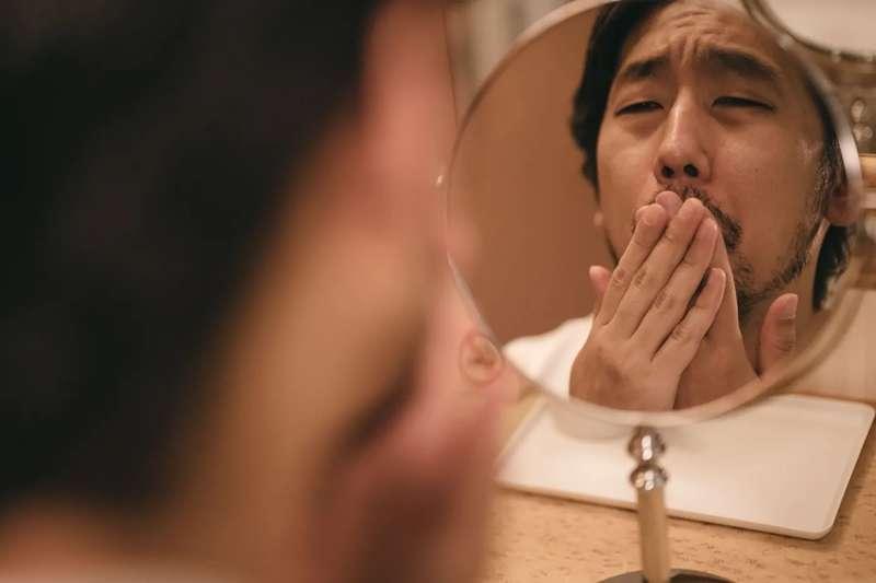 痘痘長不停,可能跟日常生活的習慣有關。(示意圖/取自pakutaso)
