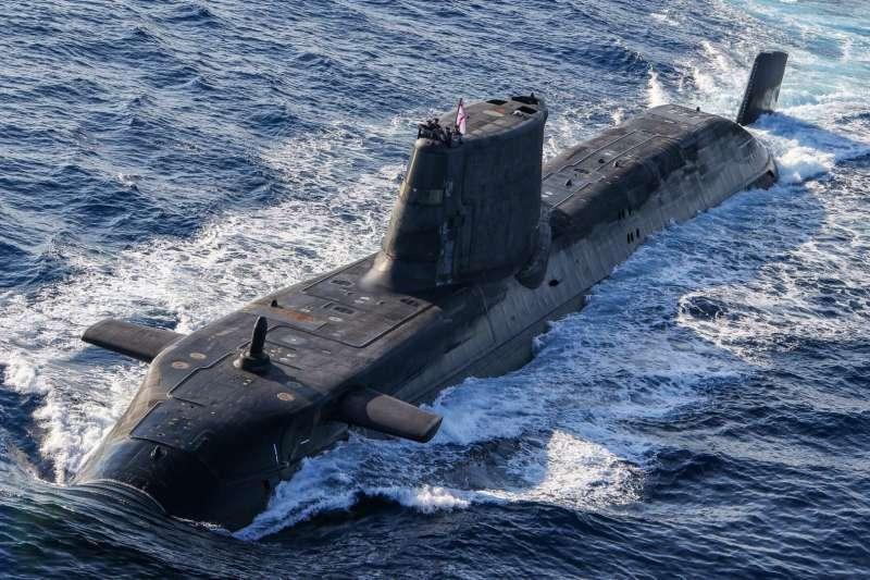 英國的機敏級核動力攻擊潛艦(圖)與美國的維吉尼亞級核動力攻擊潛艦的技術與構型,被認為是澳洲未來建造核潛艦的備選名單。(英國國防部)