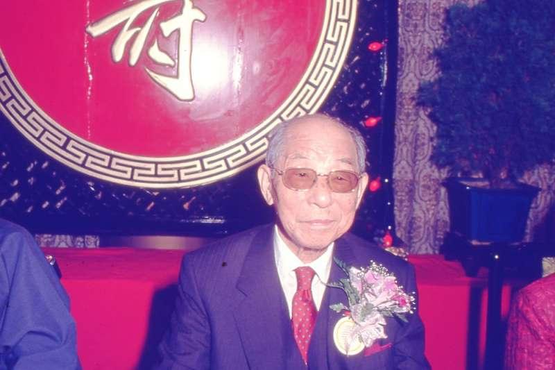 1990年6月1日台北圓山大飯店,90歲的張學良,首度公開慶祝自己的壽誕。(新新聞資料照)
