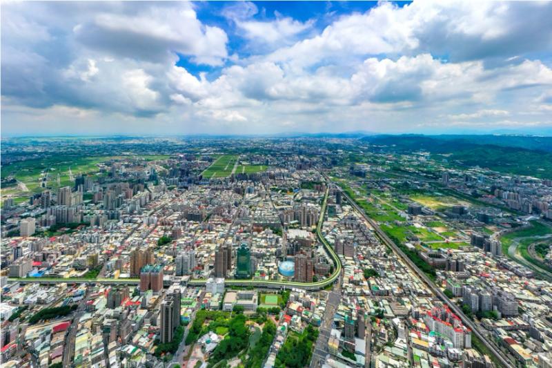 投資熱潮下,竟出現新重劃區房價高於市區的現象。(圖/富比士地產王)