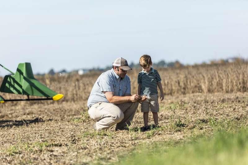 基改技術只是作物育種的一種方式法,幫助我們提高產量,種出更好吃、更具營養價值的作物(圖片來源:美國黃豆出口協會)