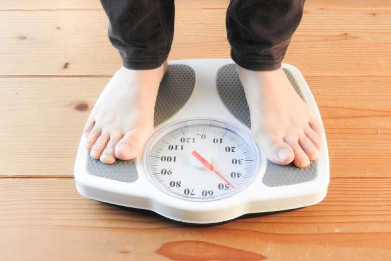 減重遇到停滯期了嗎?營養師告訴你停滯期如何度過,4招教你一次看。(圖/取自photo-ac)