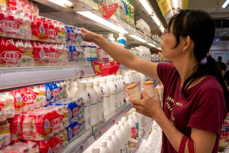 台灣日常用品物價全球排名前10位,牛奶價格更是全球第二高。(示意圖/取自flickr)