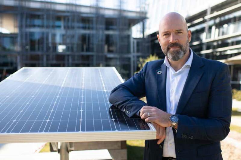 執行長Alastair Symington,宣示了澳佳寶集團積極投入再生能源、支持環境永續的決心。(圖/業者提供)