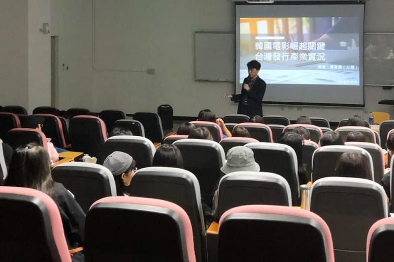 20211007-資深電影發行人黃孝儀。(取自黃孝儀臉書)