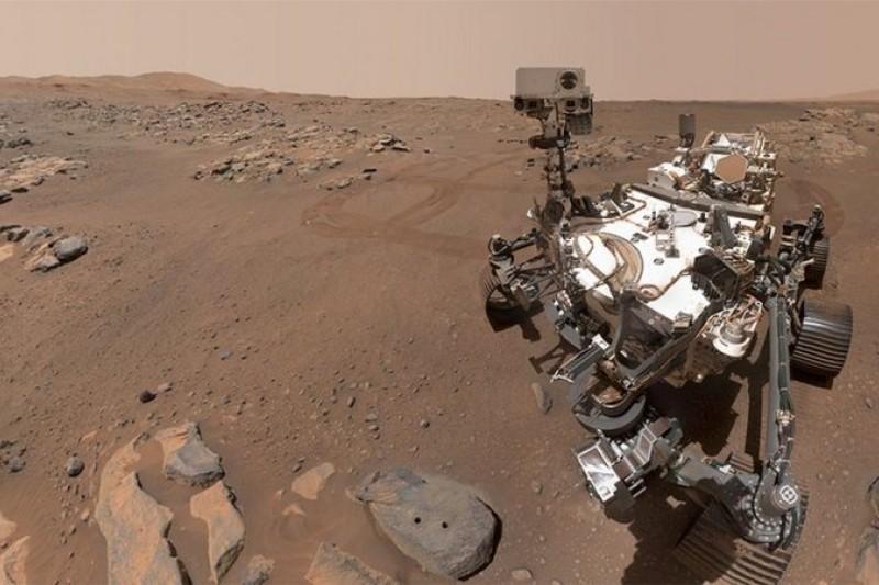 「毅力」號的任務是搜集樣本,待運回地球後供研究團隊探察,辨識火星是否曾經存在生命,是否留下了「生物印記」。(BBC中文網)